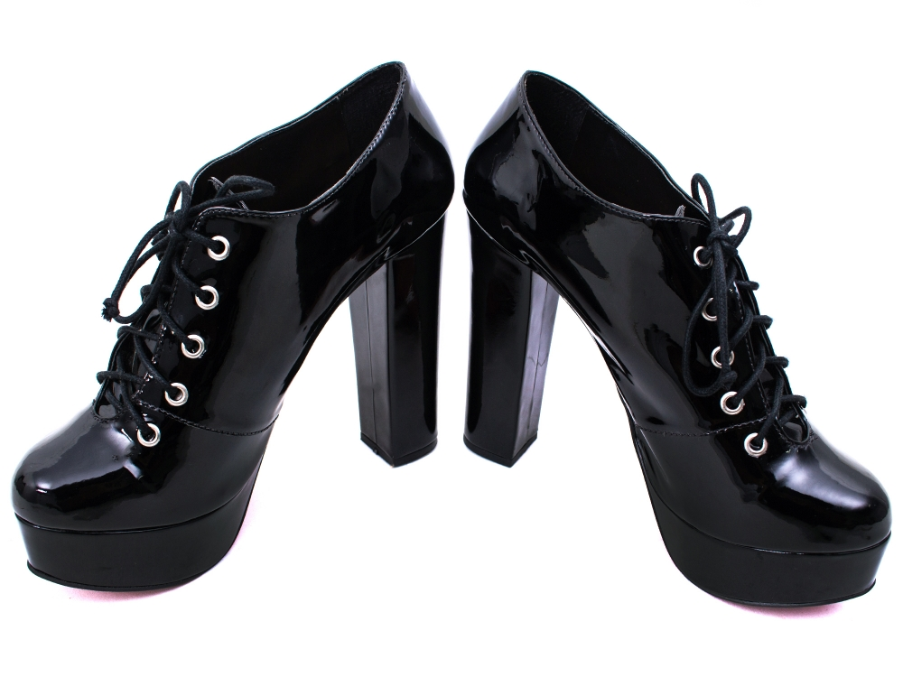 Sapato Meia Pata Numeração grande  01a8f62554536